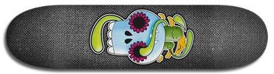 calavera_skateboard_mockup